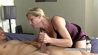 Mature slut Violet smashes a ebony dude