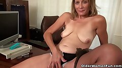 American milf Jayden lets you love her butterfly twat