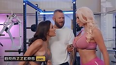 (Lisa Ann, Nicolette Shea, Scott Nails) - The Fuck Off - Brazzers