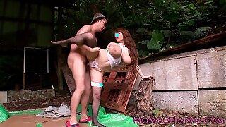 Mature Hitomi Tanaka pounded outdoors