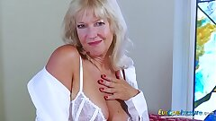 EropeMaturE Mummy Light-haired Playing Alone with Fake penis