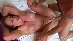 Toned housewife gets perspiring fucking