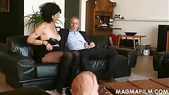 Elderly slut loves a good pummel