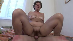 Grannys loves Anal from young Cocks